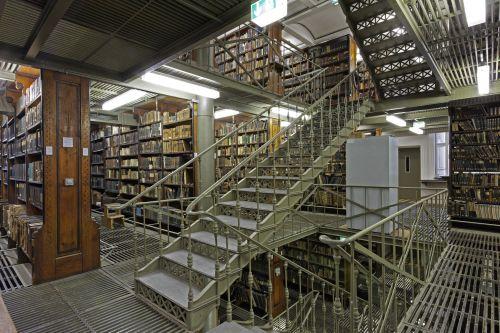 Halle (Saale), Magazin der Universitätsbibliothek. Aufnahme: Uwe Gaasch 2009